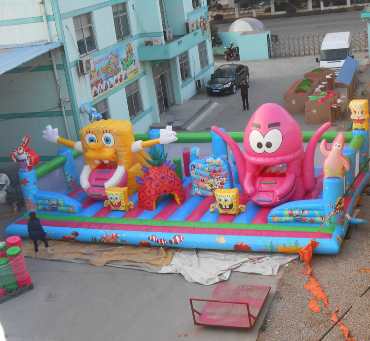 FU-FC29 SpongeBob Inflatable City