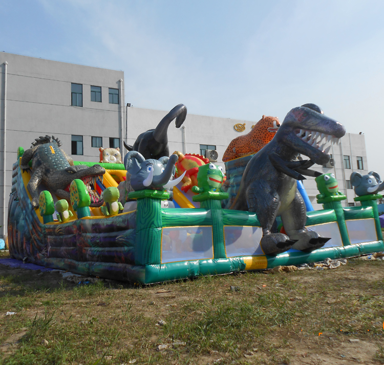 FU-FC65 Animal World Inflatable City