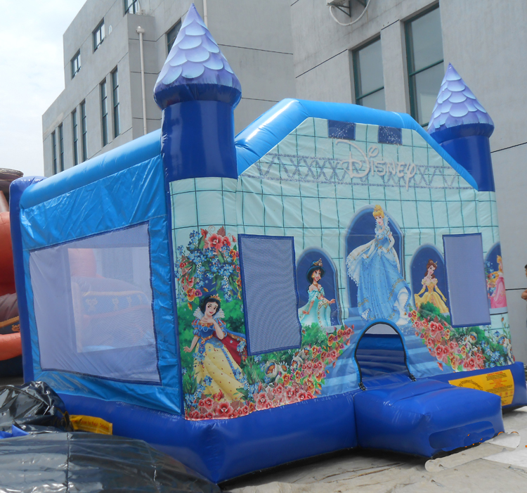 FU-BO27 Snow White Inflatable Bouncer
