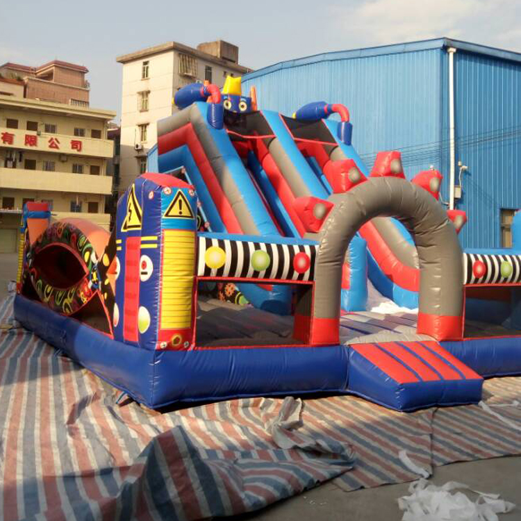 FU-FC08 7.3*5.5m Inflatable Jump City